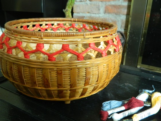 basket embrodiery one
